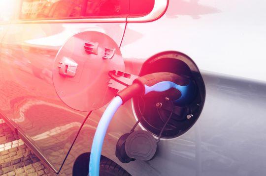 Strahlenschutzkommission verabschiedet Empfehlungen für elektromagnetische Felder im Automobil